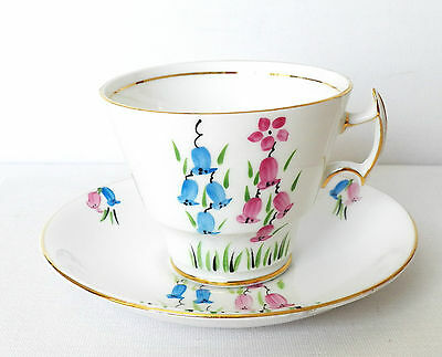 1925 Phoenix Bone China T.f.&s. Ltd. Made In England Fine Footed Teacup & Saucer