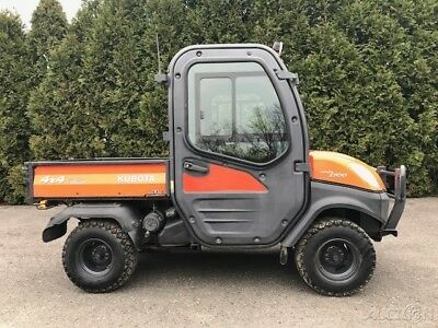 2010 Kubota RTV 1100 Utility Side by Side 4x4 Full Cab AC Dump Bed