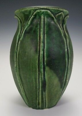 ANTIQUE c.1900 ATLANTIC POTTERY AMERICAN ARTS & CRAFTS MATTE GREEN VASE