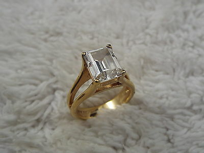 Goldplated .925 Sterling Silver Cubic Zirconia Ring - Size 7 (D77)