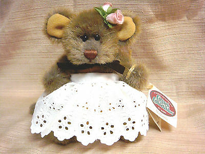 """Adorable 6"""" MOZZARELLA MOUSE All Tags & Eyelet Dress by LORRAINE for GANZ 1996"""