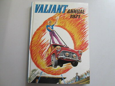 Acceptable - Valiant Annual 1971 - Ipc Magazines Limited 1970-01-01 Cracked hing