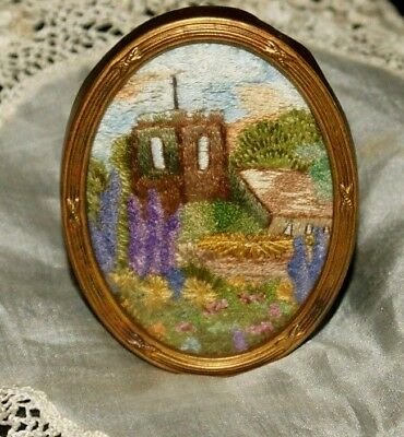 Very pretty vintage 1930s embroidered framed picture.