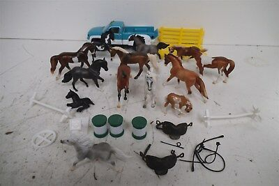 Breyers Stablemate lot w/Truck, Accessories, Blue Roan, Pintos + More