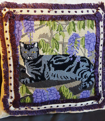 vintage needlepoint cat cushion cover 16x15 inches