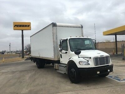 Penske Used Trucks  - 2012 Freightliner BUSINESS CLASS M2 106 - 24ft Box Truck