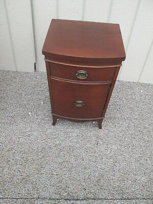 00001 Antique Mahogany Bow Front End Table Nightstand