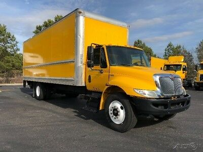 Penske Used Trucks - 2012 International 4300 - 26 ft. Straight Truck