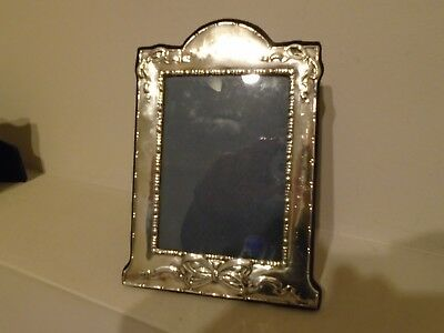 """Lovely Looking Quality  R Carr Large 7.75"""" Hallmarked Silver Photo Frame"""