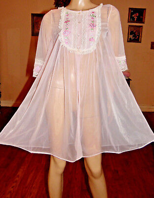 Vintage Chiffon & Lace Peignoir Robe, Med-Bust 46