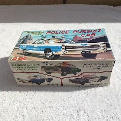 JoHan Plymouth Police Plymouth Fury Vintage Model Car