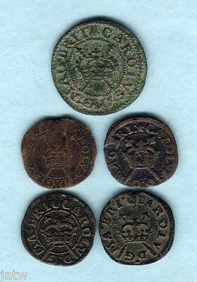 Great Britain. (1625-49) Charles 1 Farthings. Maltravers x1, Rose x4..  F-VF (5)