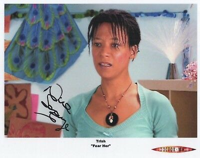 "Doctor Who Auto Photo Print Robert Nina Sosanya ""Trish"""