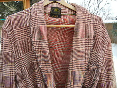 Handsome Vintage BEACON Blanket Robe MEDIUM - Brick Red - Distributed by Brent
