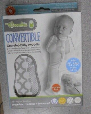 New WOOMBIE Convertible SWADDLE Grey Circles BABY 14-19 Lbs. 3-6 months  VENTED