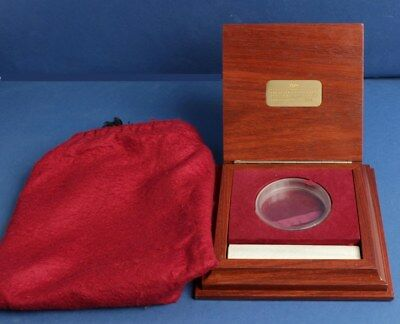 Australia: 1991 $10,000 1 Kilo Gold Nugget deluxe wooden empty case. (no coin)