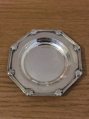 VINTAGE SOLID SILVER ASHTRAY WALKER & HALL SHEFFIELD 1950 82g