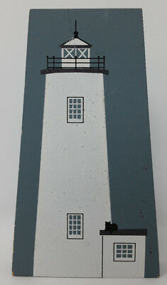 "1992 Cat's Meow Village NC Outer Banks Ocracoke Island Lighthouse 5.5"" wood HTF"