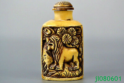 Asia Collectible Old B0ne hand Carving lion Totem Decor wonder Snuff Bottle