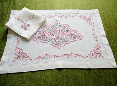 Vintage Tray Cloth Assisi Hand Embroidery + Napkin - Linen