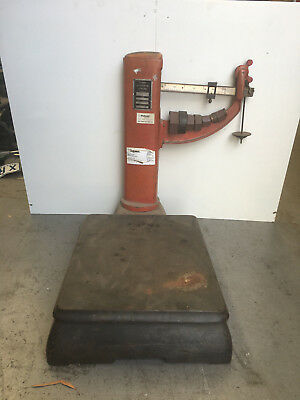 Vintage Antique Avery Scales Upright 120 Kgs