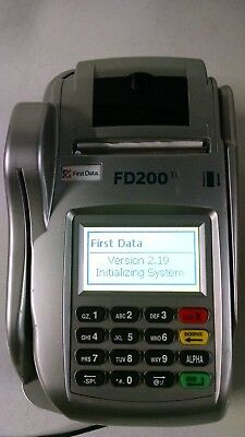 First Data FD200ti Credit Card Machine with AC Power Adapter used
