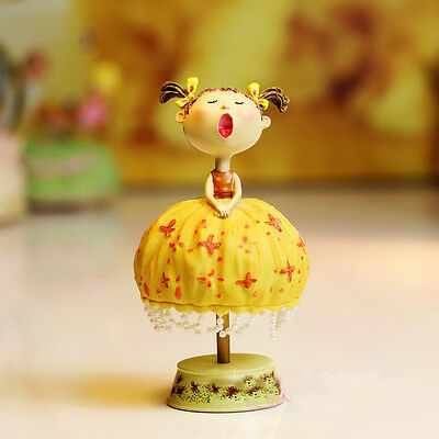 * Creative Resin 18 Sounds Clockspring Singing Girl Music Box Gifts/Ornaments