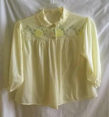 """Vintage Lemon Yellow Nylon Bed Jacket  Embroidered Large Daisies 40"""" Bust L-XL"""