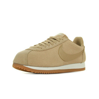 lowest price 7262d b9e33 Chaussures Baskets Nike femme WMNS Classic Cortez Suede taille Beige Cuir  Lacets