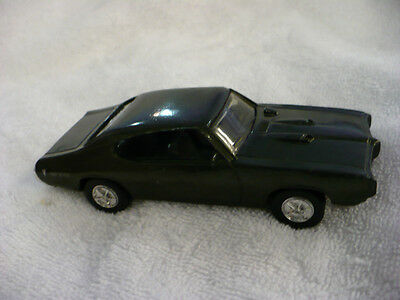 En-  Ertl 1968 Pontiac Gto Green Metal Flake Paint