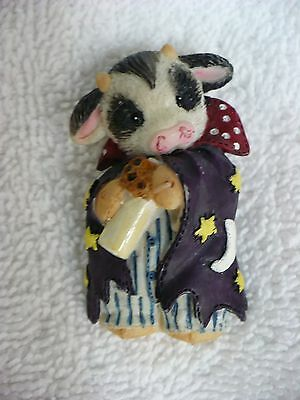 Mf- Cow Baby Bottle & Star & Moon Cape Pin Back   Pin #18086