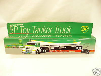 G7-  Bp Toy Tanker Truck Mib