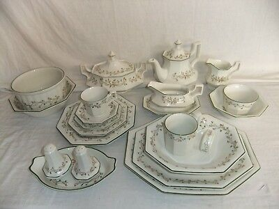 C4 Pottery Johnson Brothers Eternal Beau - various stamps 1D4A