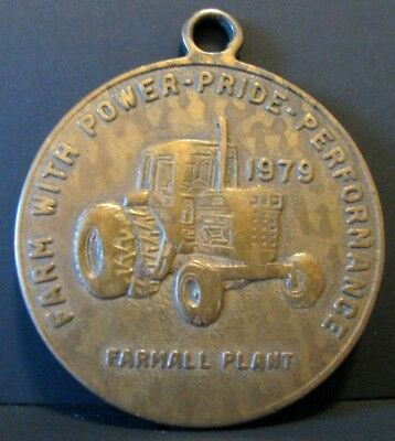 IH International Harvester Combine E Moline & Farmall Plant Tractor 1979 Key Fob