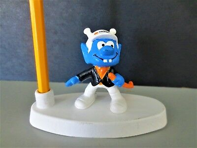Mint Astronic pencil holder  smurf friend  from private German collection