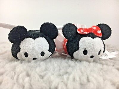 P2 Disney Store MInnie Mouse Mickey Mouse Valentines Love Tsum Tsum's
