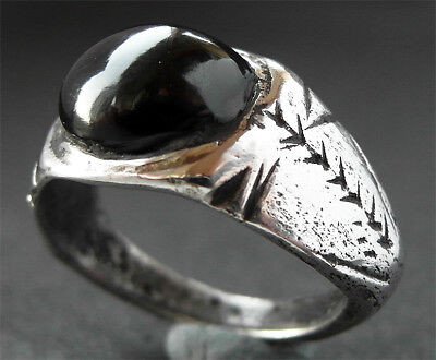 BEAUTIFUL GENUINE SILVER ROMAN RING - wearable -