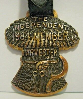 IH The Independent Harvester Co Wheat Shock & Sickle Watch Fob MWFCI 1984 Member