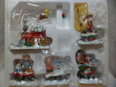 5 Pc Danbury Mint PEANUTS / SNOOPY Christmas Express Train NIB