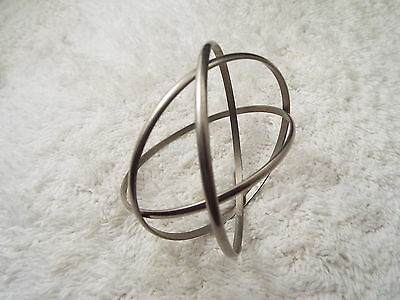 Silvertone 3 Interlocked Bangle Bracelet  (D5)