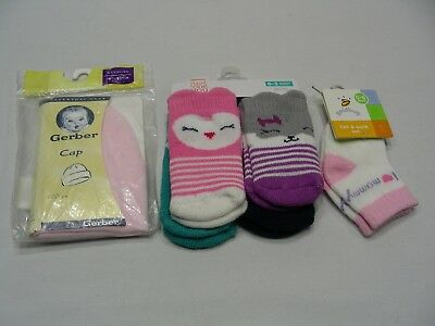 Newborn Infant Lot - 5 Pair Socks & Pink Gerber Hat!