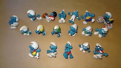 Smurfs lot of 18 Smurf Figures ((All Missing Accessories)) Vintage Rare Display