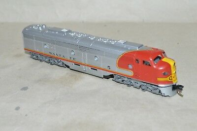 N scale Con-Cor Santa Fe Ry EMD E8/9 passenger locomotive train
