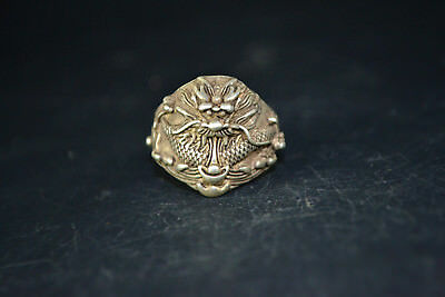 Collectible Vintage Chinese Old Tibet Silver Hand Carved dragon Leader Ring