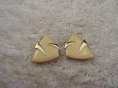 Goldtone Cream Abstract Triangle Clip-on Earrings (D75)
