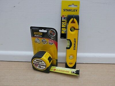 Stanley Fatmax  8M Tape Measure Metric Only 32Mm Blade 0 33 868 + 0 43 511 Level