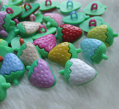 50pcs Strawberry Plastic Button backhole craft//sewing cute buttons lots mix F553