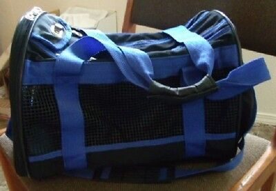 "Fashion Pet Travel Gear / Pet Carrier 15"" / Shoulder Strap /used/ Excellent Cond"