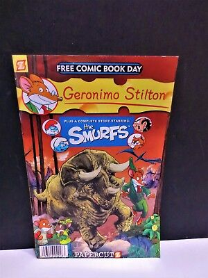 MINT 2011 comic book starring the smurf  quite Hard to find