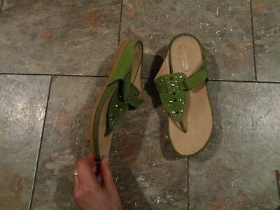 6918b68428f8 naturalizer n5 comfort happy green suede leather strappy sandals shoes size  7 1